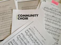 Com Choir Music